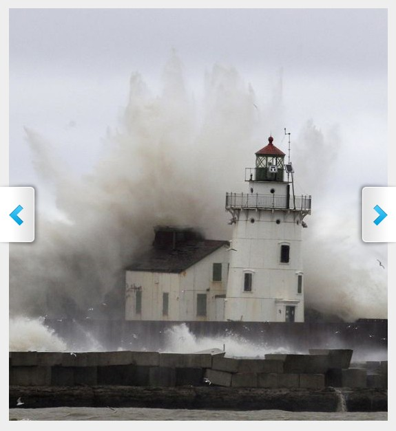 sandy-lighthouse-1352493466